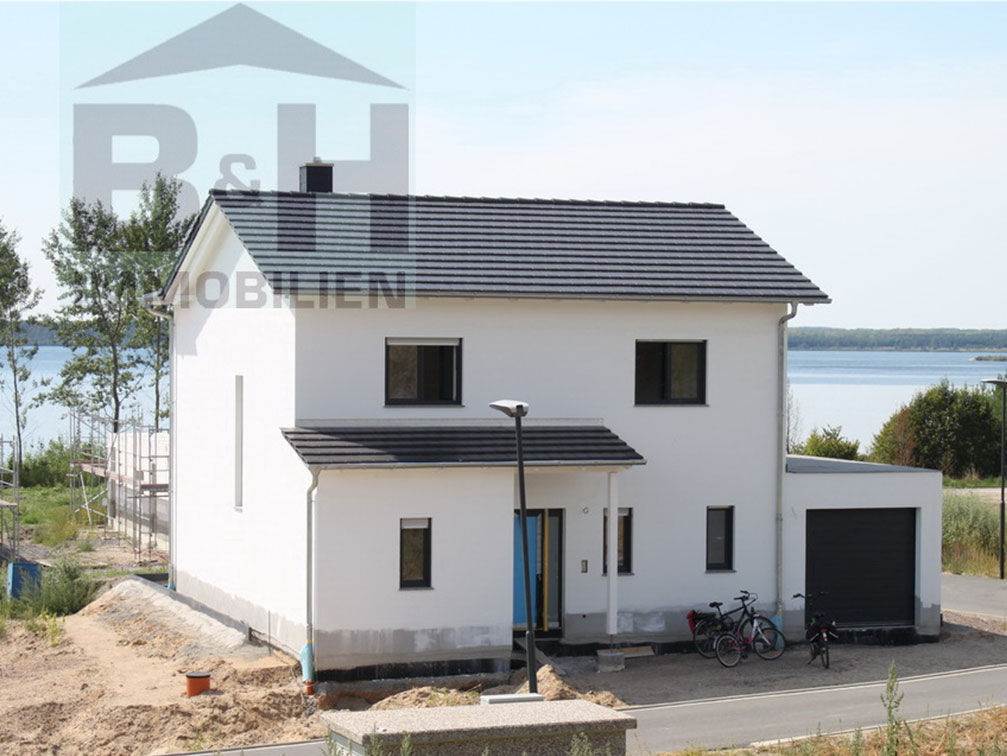 Eigenheim Neubau mit Seeblick an der Goitzsche